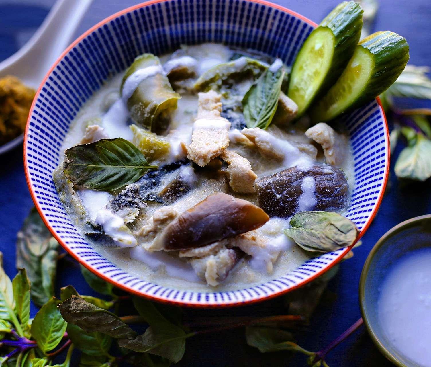 Basil's Thai Green Coconut Curry – Paleo