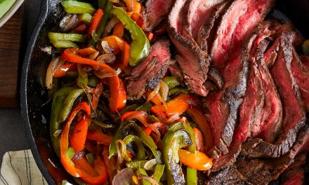 Steak Fajitas Salad – Paleo, Whole30