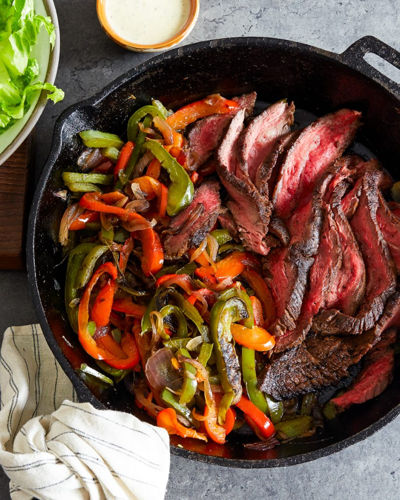 Whole30 Steak Fajitas Salad Paleo Primal Gourmet Easy Recipe Grilling Cast-Iron
