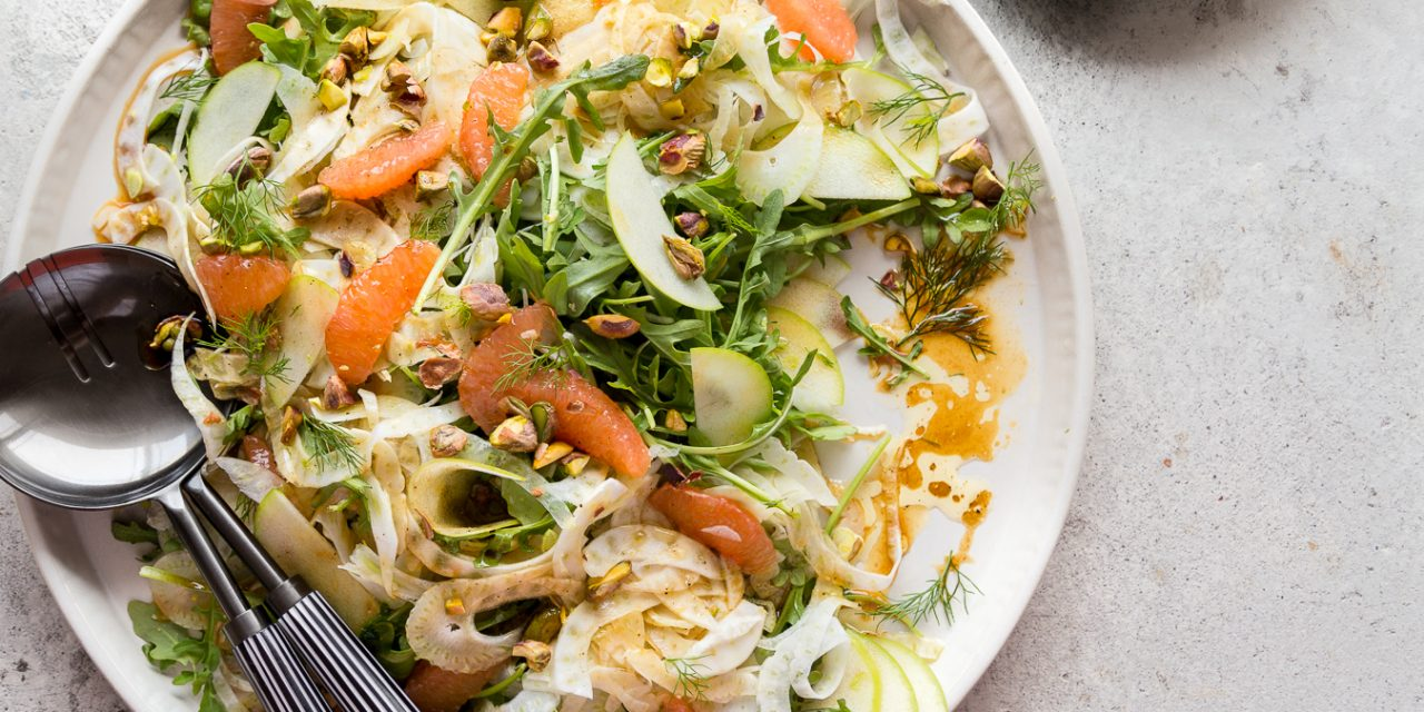 Whole30 Fennel, Arugula & Grapefruit Salad