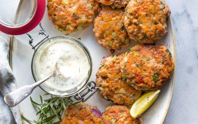 Salmon Cakes with Tarragon Aioli – Whole30/Paleo