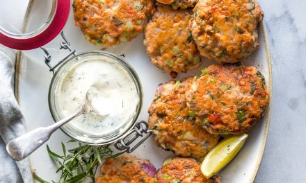 Salmon Cakes with Tarragon Aioli – Whole30/Paleo