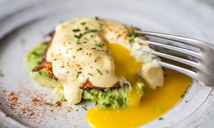 Eggs Benedict – Paleo and Whole30