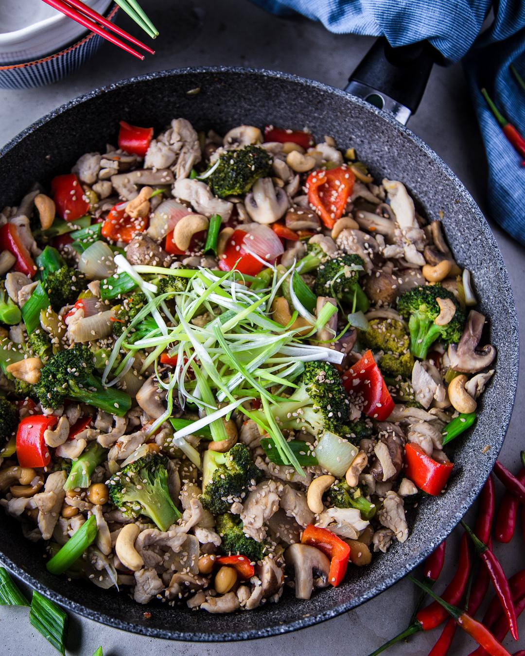 paleo kung pao chicken stir fry
