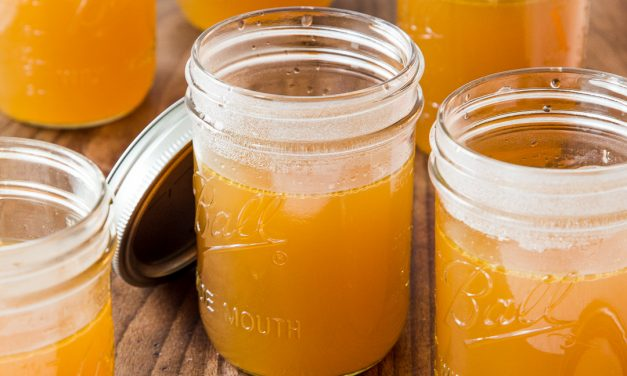 Homemade Bone Broth – Whole30, Paleo