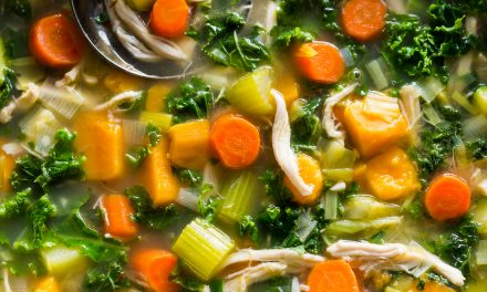 Leftover Turkey, Sweet Potato and Kale Soup – Whole30